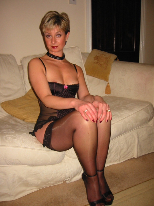 Actionable mature women in nylon stockings fucking though has